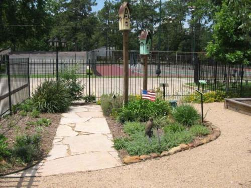 prestonwoodforestud hancock elementary school sensory garden 1