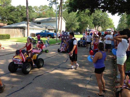 prestonwoodforestud july 4th parade 2013 33